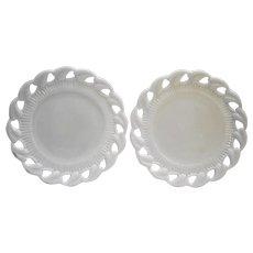 Fostoria Wistar Betsy Ross White Milk Glass Luncheon Plates Pair 8 IN