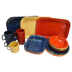 Texas Ware Dallas Ware 21 Pieces Red Tan Navy Blue Plates Bowls Cups Trays