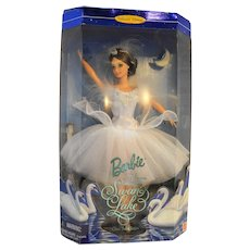 Barbie Swan Queen from Swan Lake NIB Classic Ballet Series 1997 18509