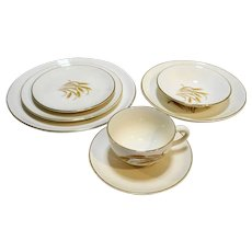 Homer Laughlin Golden Wheat Place Setting 7 Pieces Luncheon Salad Bread Berry Soup Cup Saucer