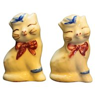 Shawnee Puss N' Boots Salt Pepper Shakers Pair 1950s
