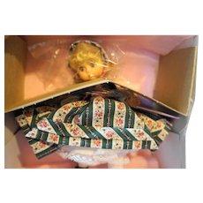 Madame Alexander Gretel 462 Miniature Showcase NIB 8 IN