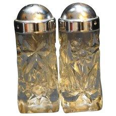 Early American Prescut Salt Pepper Shakers Domed Lids
