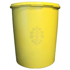 Tupperware 805 Lemon Yellow Canister