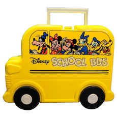 Disney Yellow School Bus Lunch Box Plastic Taiwan