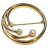 Monet Circle Pin Gold Tone Faux Pearls