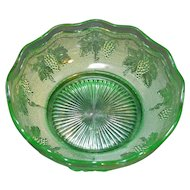 Woolworth Green Stippled Grape Bowl Westmoreland