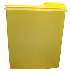 Tupperware Cereal Keeper Canister Pour Stor Lemon Yellow 1588