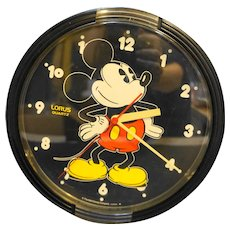 Mickey Mouse Lorus Quartz Wall Clock Made in Japan 1980s