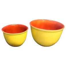 Hull Burgundy Red Yellow Mixing Bowls Pair Nesting 017 015 Oven Ware Made in USA