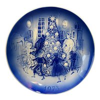 Desiree Denmark Old Copenhagen Blue Christmas Plate 1973 The Fir Tree