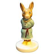 Royal Doulton Bunnykins Royal Family Princess Beatrice DB47 Bunny Figurine