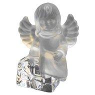 Goebel Lead Crystal Angel Figurine With Present Gift