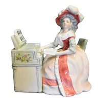 Schmid 435 Porcelain Figurine Music Box Mozart's Lullaby