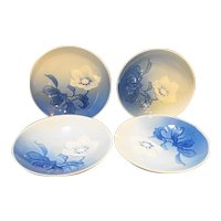 Bing Grondahl Christmas Rose Four Small Plates Coasters 4 IN