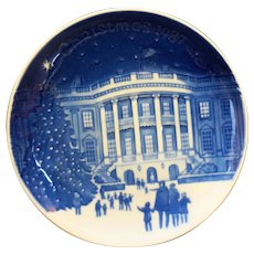 Bing Grondahl Christmas in America Christmas Eve White House Plate 1995