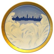 Bing Grondahl 1995 Centennial Christmas Plate Gold Rim Behind the Frozen Window