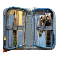 Blue Manicure Set 5 Pieces Zippered Case