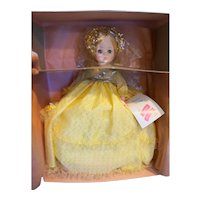 Madame Alexander Sleeping Beauty 1595 New Yellow Dress