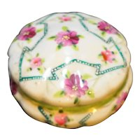 Hand Painted Purple Flowers Trinket Dresser Powder Box Porcelain Japan