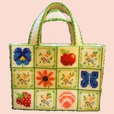 Needlework Yarn Plastic Purse Butterflies Flowers Fruit