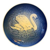 Bing Grondahl Mother's Day 1976 Swans Plate