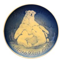 Bing Grondahl Mors Dag Mothers Day Plate Polar Bear 1974 Blue White Porcelain