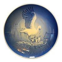 Bing Grondahl Mors Dag Mothers Day Plate Stork 1984 Blue White Porcelain