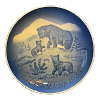 Bing Grondahl Mors Dag Mothers Day Plate Bears 1985 Blue White Porcelain