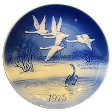 Bing Grondahl Jule After 1970 Pheasants in the Snow Christmas Plate Blue White