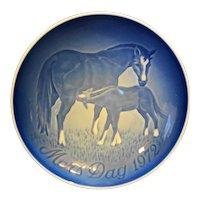 Bing Grondahl Mors Dag Mothers Day Plate Horses 1972 Blue White Porcelain