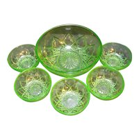 Hazel Atlas Fancy Green Depression Bowls Set