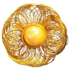 Gold Tone Wirework Faux Pearl Large Pin