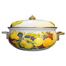 Tabletops Unlimited Fruit Cornucopia Enamel Metal 3 Qt Casserole Pan