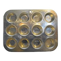 Comet Aluminum Mini Muffin Cupcake Tin