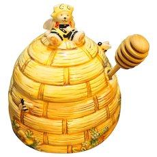 A Taste of Honey Ceramic Honey Pot Muffy Vanderbear North American Bear Company 1993
