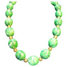Green Spinach Marbled Swirl Plastic Bead Necklace Chunky
