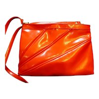 Red Vinyl Purse Clutch Shoulderbag Diagonal Pleats