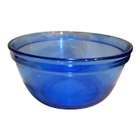 Anchor Hocking Mix Measure Cobalt Blue 2.5 Quart Mixing Bowl