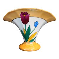 Meito China Japan Fan Vase Tulips Peach Lustreware