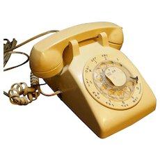 Bell Telephone Western Electric Cream Beige Rotary Dial Desk Phone