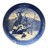 Royal Copenhagen 1967 Christmas Plate The Royal Oak