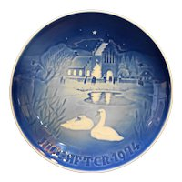 Bing & Grondahl B&G Christmas in the Village 1974 Plate