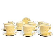 Pfaltzgraff Heirloom Cups Saucers 11 Cups 12 Saucers
