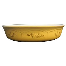 """Pfaltzgraff Heirloom Oval Baker 10"""" With Decal"""