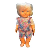 Kenner Baby Won't Let Go 1977 Doll