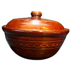 Marcrest Daisy Dot Brown Glazed Covered Dish Casserole 1.5 Qt