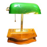 Emerald Shade Banker's Lamp Wood Base Made in Taiwan
