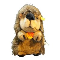 "Steiff Joggi Igel Begging Hedgehog 070730 7"" Tall 1991-1995"