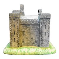 Beswick Royal Doulton Bunratty Castle Figurine Limited Edition